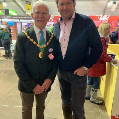 Mayor Of Nantwich Meeting James Martin - Click to open full size image