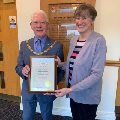 Nantwich In Bloom Chair And Mayor With Certificate - Click to open full size image