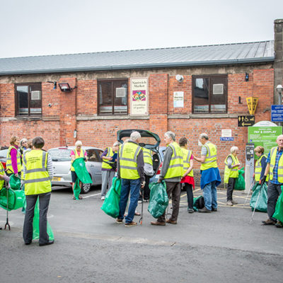 Nantwich Litter Group Preparing For A Pick